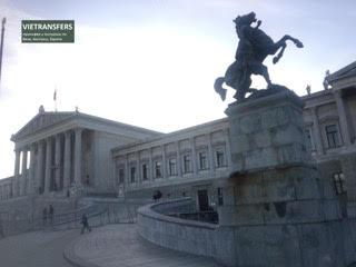 images/Austria_parlament_3.jpg