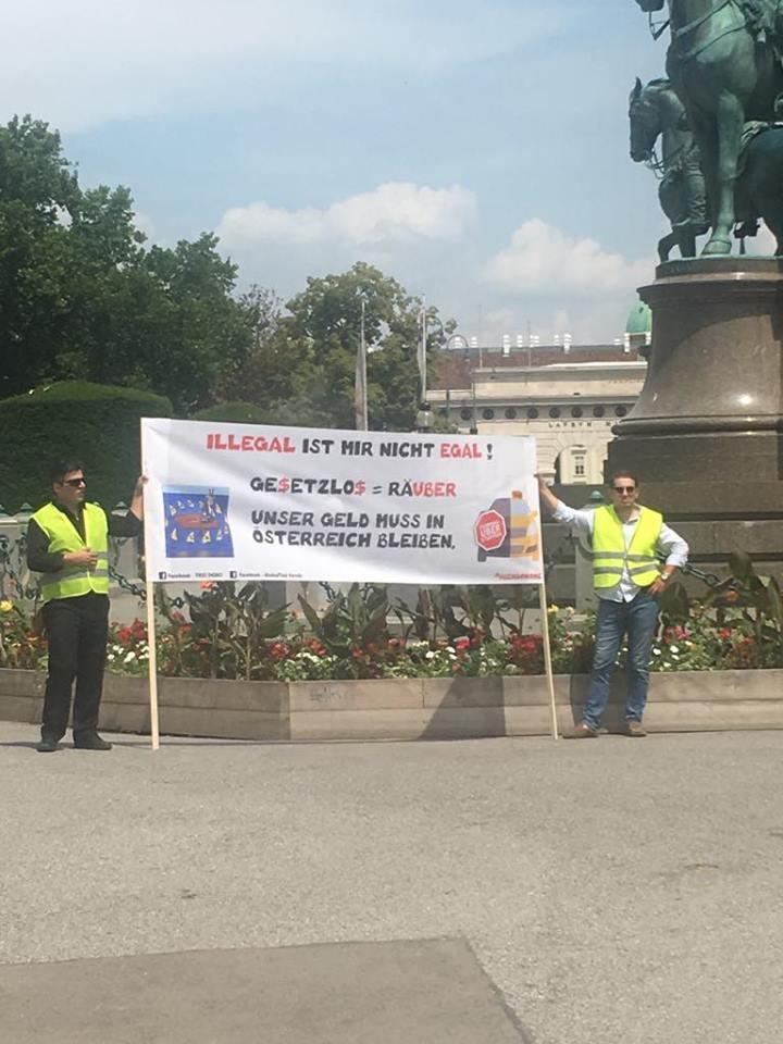 Таксиметровите шофьори във Виена излязоха отново на протест срещу нелоялната конкуренция на Uber